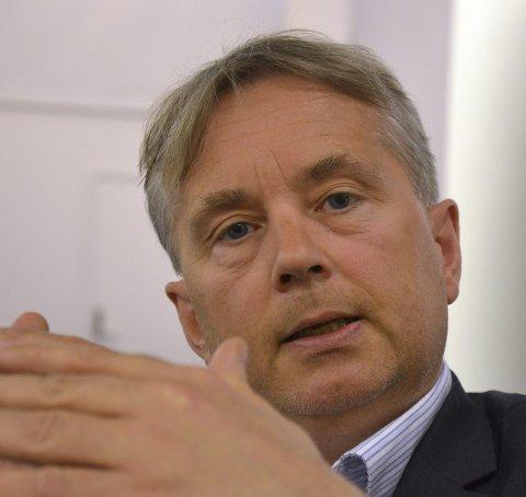 Vil ikke ta i: Stortingsrepresentant Knut Storberget tror reaksjonene hadde blitt enda sterkere om Ap-medlemmer hadde engasjert seg for å la partifeller få bli i landet. (Foto: Rune Hagen)