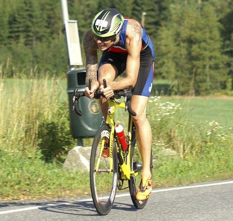 Syklist: Fredrik Skalstad var aktiv syklist under oppveksten på Darbu. Interessen ble gjenopptatt via triatlon. FOTO: PÅL FRITSVOLD