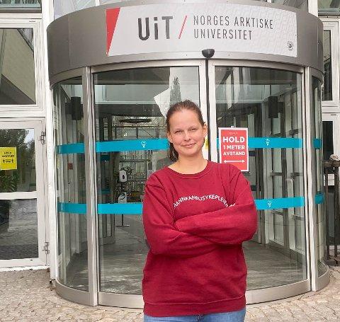 SYKEPLEIERMANGEL: Sykepleierstudent Ida Charlotte Brox Pedersen forteller om hvorfor det er så stort frafall på linja.
