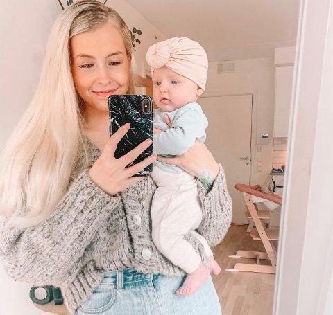 NYBAKT MOR: Juno Andrea Amundsen Paulsen (21) ble mor for første gang i januar. Her sammen med datteren som har fått navnet Iben.
