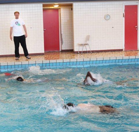 Stenges: Bassenget på Mosjøen skole blir trolig stengt. Foto: Jon S. Linga