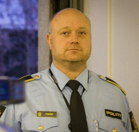 Politioverbetjent, Halgeir Rushfeldt.