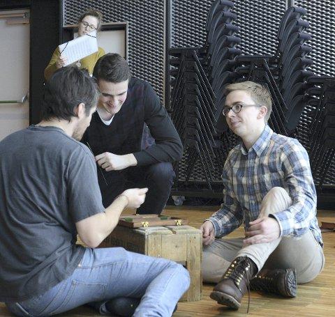 Unge sangere: Aleksander Løe Myrling (i midten) og ti andre sangere fra Europa er med i «Venus og Adonis».
