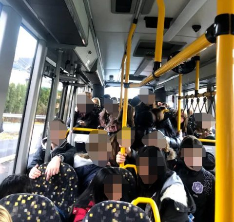 Slik så skolebussen fra Galterud til Åskollen ut mandag.