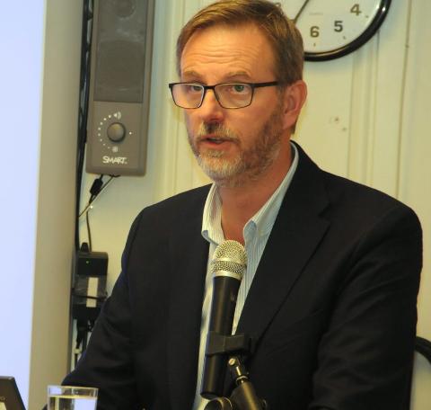 Kommune i pluss: Rådmann Kai Egil Bachér legger ut et foreløpig budsjett som viser overskudd de to kommende åra, men så snur det.