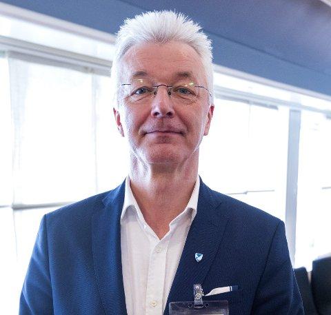 FYLKESORDFØRAR: Jon Askeland (Sp) , fylkesordførar i Vestland fylkeskommune er positiv til utvikling og sikring av viktige fylkesvegar for næringslivet.