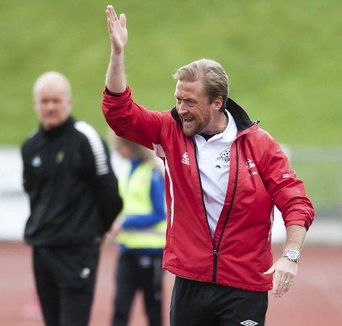Glenn Ståhl synes det er trist at Ørjan Christiansen (bak) må gå som trener i Moss.