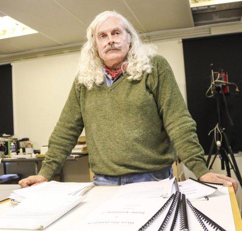 Troverdighet: Ulf Engelsen har store mengder dokumentasjon i saken og kaller det hele en troverdighetskamp.