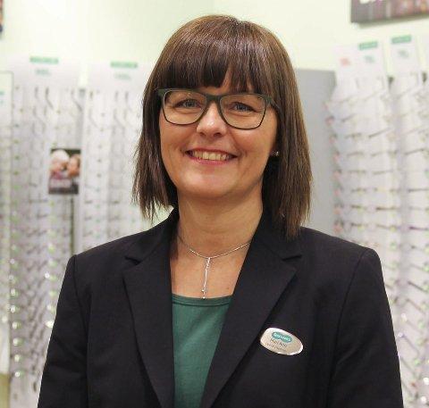 Mari Ann Norli, daglig leder ved Specsavers Hønefoss.
