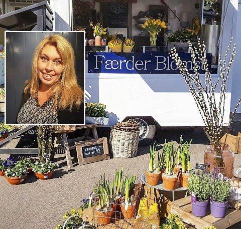Fra stort lokale til to kvadrat: Færder Blomst har gjenoppstått som butikk på to hjul i Sandøsund.