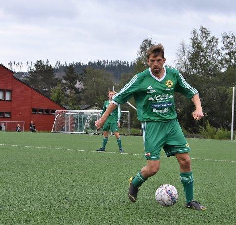 Jørgen Johannessen Kind skal være både spiller og trener under helgens innecup i Aurskoghallen. Arkivfoto: Trym Helbostad