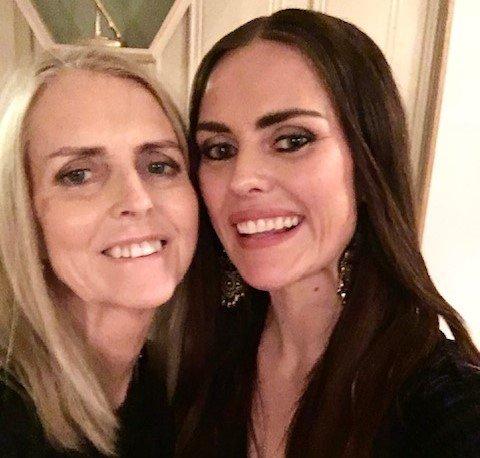 GODE VENNINNER: Tine Grande Aas og mamma Gunn Marit Aas fra Elverum hadde veldig tette bånd.