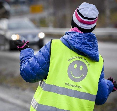 Til å begynne med gikk Hege fra Åga til Langnes. Den gangen var motorikken bedre, og hun gled inn i mengden av mennesker langs gangveien.