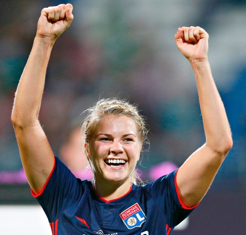 På topp: Ada Hegerberg, her etter seieren i årets Champions League, er tidenes største  idrettsutøver fra Sunndal.AP Photo/Efrem Lukatsky