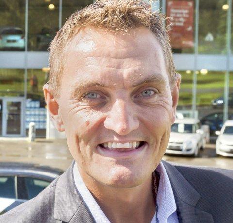 GIRER NED: Henrik Mohn gir fra seg styringen i Kongsbil.