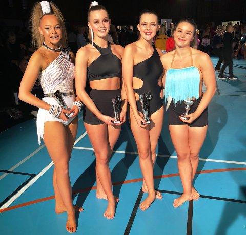 LOVENDE:  Sarpsborg Danseklubb Evolution tok gode plasseringer i årets første freestylekonkurranse. Fra venstre: Julia Mlynek, Henriette Bårdseng, Synne Mathisen og Amalie Harildstad.