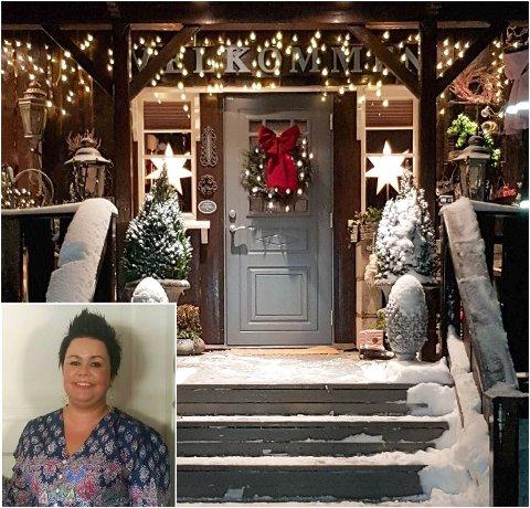 LYS I MØRKET: Maylen Haugen fra Skarnes synes det er helt greit at folk lyser opp hus og eiendom selv om jula er over. Selv har hun fjernet stjernene og den røde sløyfa, men beholdt lysene.