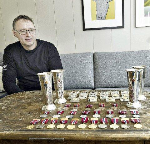 Medaljegrossist: Olav Melkild har vunnet 19 gull i NM. Etter noen roligere år er 53-åringen fra Sunndal nå motivert for å satse mer igjen.foto: aura avis