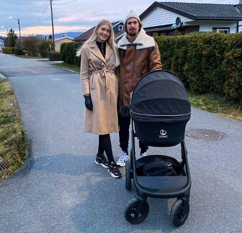 NYTER TILVÆRELSEN: For halvannen uke siden ble Gustav Mendonca Wikheim og Martine Rugeldal Bakken foreldre for første gang.