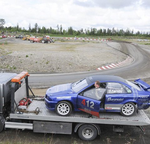 Uflaks: Forrige rallycross-sesong gikk ikke som Thomas Tørnby hadde håpet. Med ny bil håper han å vise hva han er god for.