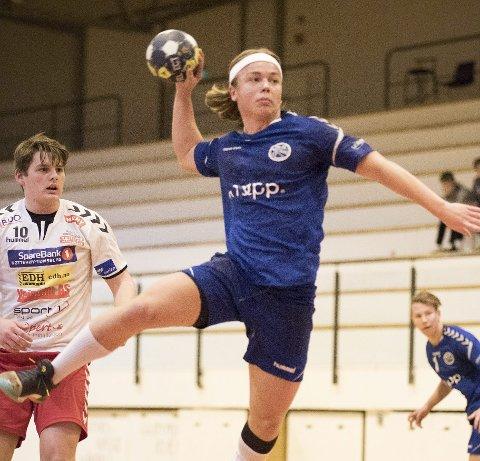 Fosser fram: Bendik Kjeseth i angrep. Foto: Maja Holmen Eberlein