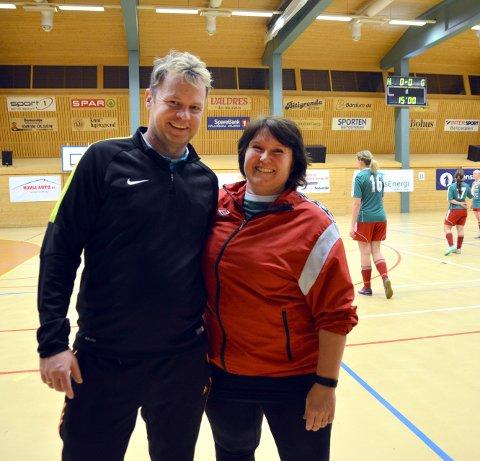 Alltid på plass: Organisator Vidar Hilmen og trener på Nordsinni damelag, Ellen Sogn. Nordsinni er et lag som kommer igjen år etter år. Her et foto fra 2017.