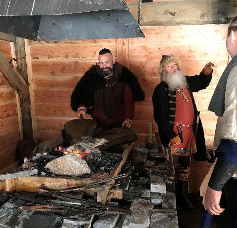 Vikingaktiviteter under lanseringen av Playstation-spill i Gudvangen.
