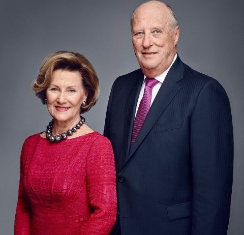 LOFOTBESØK: Kong Harald og Dronning Sonja besøker Lofoten i juni Foto: Jørgen Gomnæs / Det kongelige hoff.