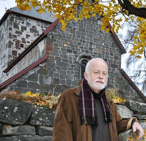 GÅR AV: Jon Skeie går av som kirkeverge på nyåret, etter 20 år i stillingen.