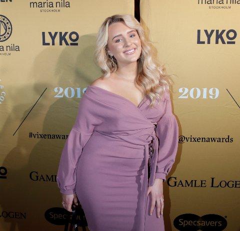 KJENDIS:  Youtuber Hanna-Martine Slåttland Baller på rød løper og prisutdeling under VIXEN Awards 2019.  Foto: Vidar Ruud / NTB scanpix