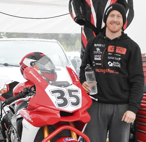GODE LØP: Stig Flemming Jensen kjørte inn til en 6.- og en 5. plass under helgens NM-runder i roadracing på Karlskoga.