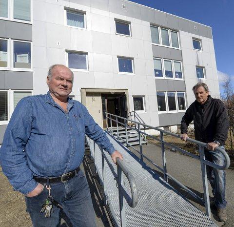 RASKT: Styreleder Ivar Jakobsen og vaktmester Odd Reitan håper å komme raskt i gang.