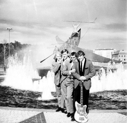 «Thunders» deltok i et show i Tic-haven i 1964. De besto av fra venstre Tore Løken, Øivind Larsen (Allum), Herbjørn Boutenko og John Petter Fjeldstad.