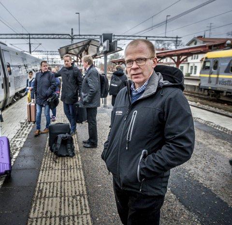 VIL HA SVAR: Ståle Solberg vil ha svar på om det er behov for dobbeltspor eller om det holder det med enkeltspor. – Eller kan det være at selv dobbeltspor ikke vil gi tilstrekkelig kapasitet, spør Solberg i dette innlegget.Foto: Johnny Helgesen