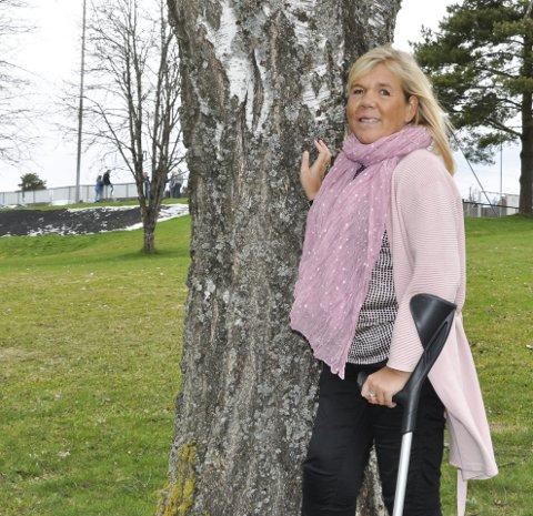 HJERTE FOR ANDRE: Ann Kristin Sæther har startet den ideelle organisasjonen «Et verdig liv», og inviterer til aktivitetsdag i Skjønhaug 1. september. Pengene går uavkortet til Catosenteret og Sunnaas.
