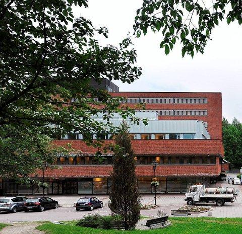 KVERNDAlssenteret: Eies av kommunale Kontorbygg.
