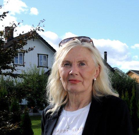 IKKE FORNØYD: Esther Buer er ikke fornøyd med kommunen når det gjelder bistand til de eldre.