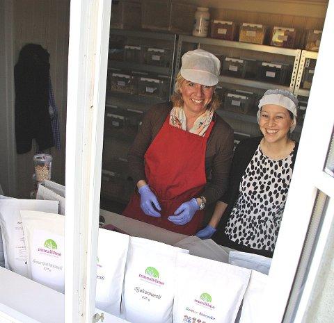 DRØMMER STORT: Om ti år ser Inken Nordberg og Sophie M. Emmert for seg utsalgsbutikker med müsli over hele Norge.