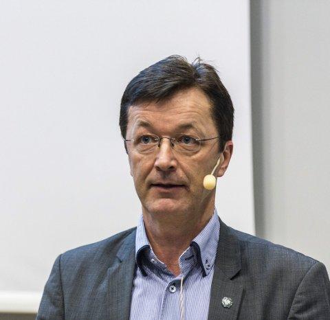 POSITIV: Radøyordførar Jon Askeland.