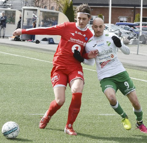 NYE MÅL: Hichem «Hicci» Bekkaoui og Vestfossen skal prøve å score mål mot Mjøndalen i morgen. Kampen sendes direkte på nettavisen.