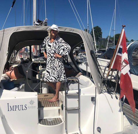 BOR PÅ SEILBÅT: Linda Røed bor på seilbåten til forloveden Kenneth Malmsten når hun er i Oslo.