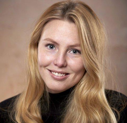 BOKAKTUELL: Hedda Tollefsrud debuterer denne høsten som skjønnlitterær forfatter med «De du ikke kjenner». FOTO: JOHN ANDRESEN/JURITZEN FORLAG