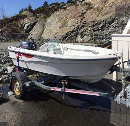 BLE FUNNET IGJEN: Denne båten forsvant fra båthavna på Gjøvik søndag ettermiddag.