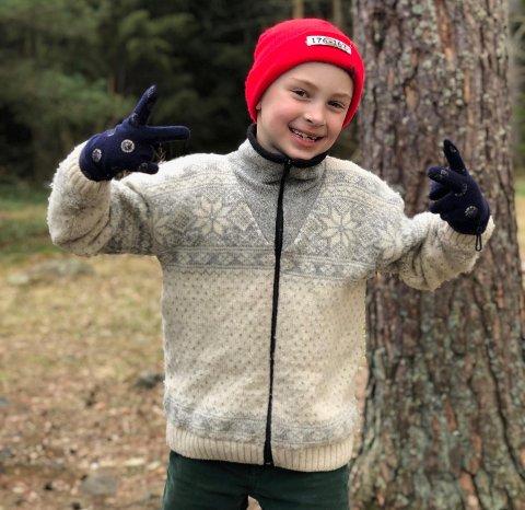 ENGASJERT: William Jordet (8 år) fra Eik engasjerer seg for nærskogen sin. Derfor har han skrevet et brev til ordfører Anne Rygh Pedersen.