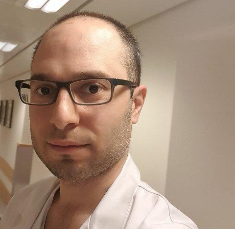 Denne uka startet Mohammed Alkareem i jobben på radiologisk avdeling ved sykehuset i Arendal.