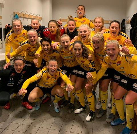 CUPFINALE: LSK Kvinner er klare for sin femte cupfinale på seks forsøk. Her jubler jentene etter at de sikret seriegullet i forrige serierunde.