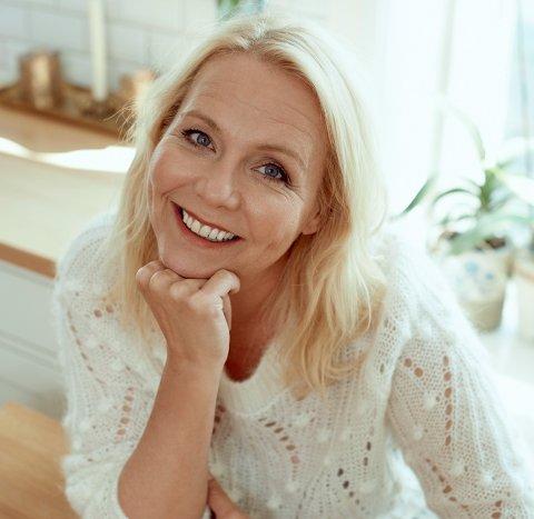 FÅR PRIS: Linn Skåber er vinner av Riksmålsforbundets barne- og ungdomsbokpris.