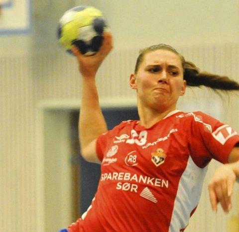 TOPPSCORER: Melanie Bak scoret ti ganger i søndagens nedsabling av Rælingen.
