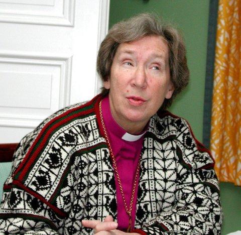 Biskop Rosemarie: - Rose åpnet som biskop opp kirken for folket ved å la evangeliet bli avdekket gjennom sin forkynnelse, sine standpunkt, sitt gode smil og gode replikk.