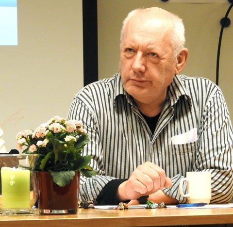 Varaordføreren i Lesja, Ronald Kikut (Sp), ga i kommunestyret uttrykk for at ordføreren i Vågå er for fersk i faget.